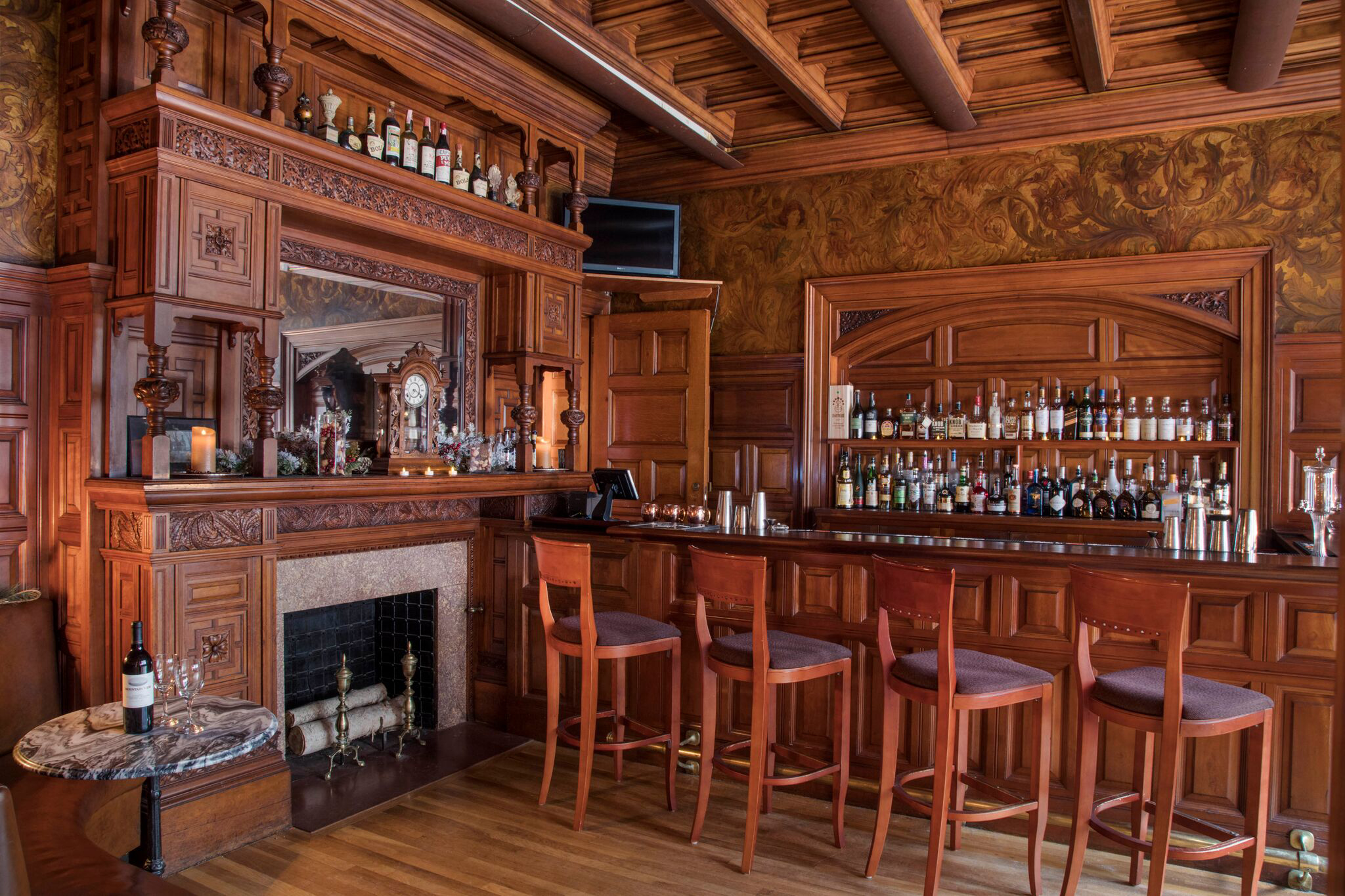 Bar and Fireplace